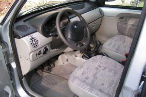 location de voiture strasbourg 67000 renault kangoo 2007 ouicar. Black Bedroom Furniture Sets. Home Design Ideas