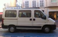 location minibus 8 9 places ouicar. Black Bedroom Furniture Sets. Home Design Ideas