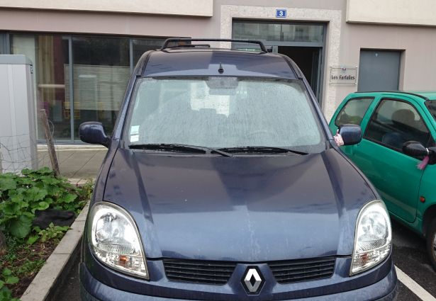 location renault kangoo 2005 grenoble 38000 ouicar. Black Bedroom Furniture Sets. Home Design Ideas