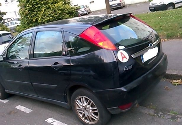 Location ford focus 2000 rennes 35000 ouicar - Location vehicule rennes ...
