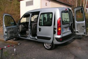 location de voiture strasbourg 67000 renault kangoo 2007 ouicar. Black Bedroom Furniture Sets. Home Design Ideas