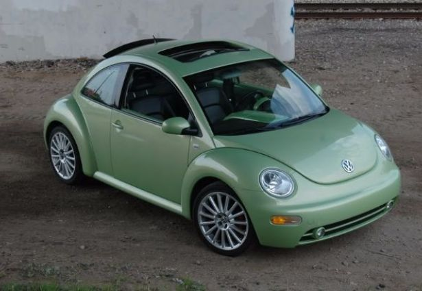 location volkswagen new beetle 2003 saint etienne 42000 ouicar. Black Bedroom Furniture Sets. Home Design Ideas