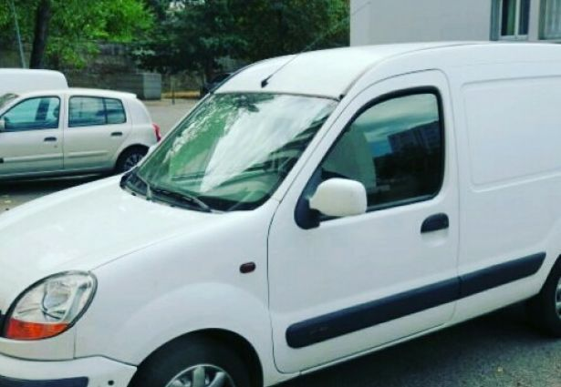 location renault kangoo fourgon 2004 montbeliard 25200 ouicar. Black Bedroom Furniture Sets. Home Design Ideas