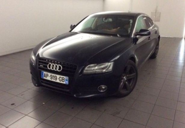 Location audi a5 quattro 2010 salon de provence 13300 for Boite interim salon de provence