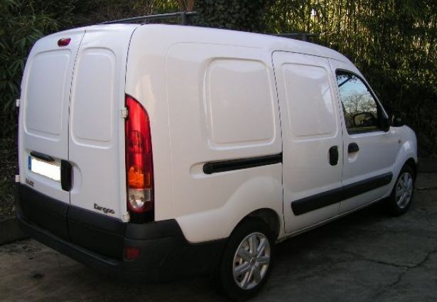 location renault kangoo fourgon 2006 l 39 isle jourdain 32600 ouicar. Black Bedroom Furniture Sets. Home Design Ideas