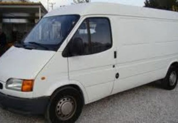 location ford transit 1996 creil 60100 ouicar. Black Bedroom Furniture Sets. Home Design Ideas