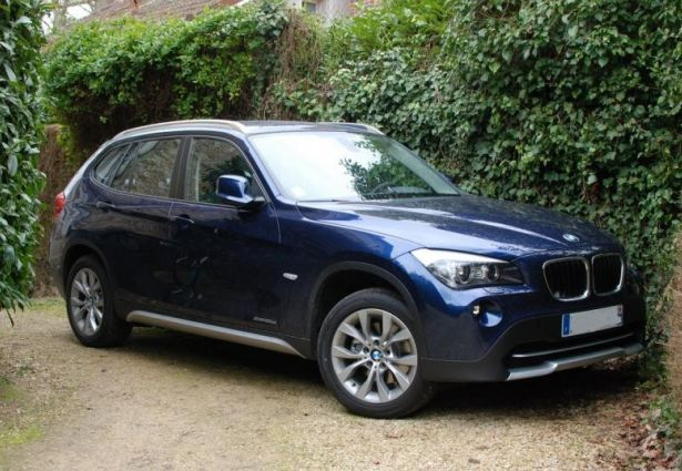 location bmw x1 2013 ambert 63600 ouicar. Black Bedroom Furniture Sets. Home Design Ideas