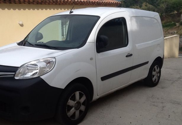 location renault kangoo 2014 cagnes sur mer 06800 ouicar. Black Bedroom Furniture Sets. Home Design Ideas