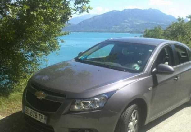 location chevrolet cruz 2011 grenoble 38100 ouicar. Black Bedroom Furniture Sets. Home Design Ideas
