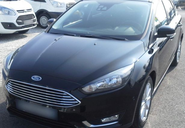 location ford focus 2016 amiens 80000 ouicar. Black Bedroom Furniture Sets. Home Design Ideas