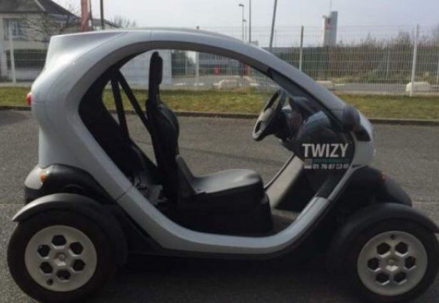 location renault twizy 2012 orlean 45000 ouicar. Black Bedroom Furniture Sets. Home Design Ideas